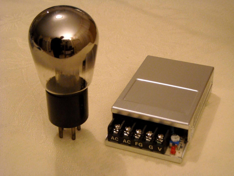 module de chauffage 4 v 2 a pour postes batterie al0001 radioelec composants et modules. Black Bedroom Furniture Sets. Home Design Ideas